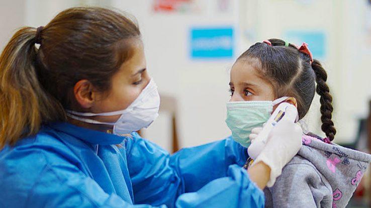 Diante da pandemia, mães se desdobram ainda mais para dar conta de família e trabalho