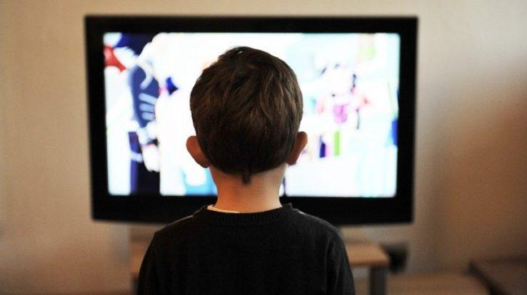 """Prefeitura anuncia Canal de TV para transmissão de aulase APLB analisa iniciativa com prudência. """"É preciso entender para evitar prejuízos no processo de ensino/aprendizagem"""", pondera Marcos Barreto"""